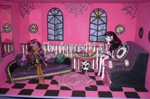 Домик для кукол монстер хай своими руками видео