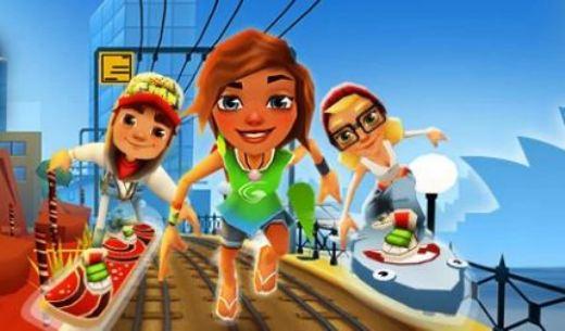 Игры бегать и прыгать по поездам и собирать монеты и золото